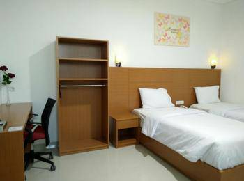 P Hostel Bandung - Standard Twin Regular Plan