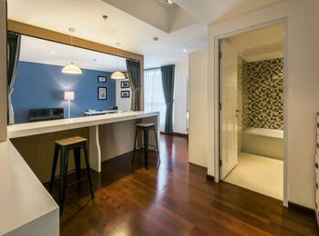 Yan's House Hotel Kuta - Premier Room - Eclectic Living Minimum Stay 3 Nights