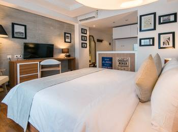 Yan's House Hotel Kuta - Deluxe Room The Vintage Groove Regular Plan