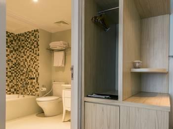 Yan's House Hotel Kuta - Premier Room Serenity Gajian