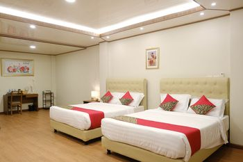 Joyful Hotel Belitung - Suite Family Book Now Stay Later copy