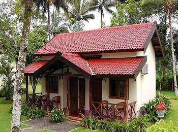 Kalibaru Cottages Banyuwangi - VIP Triple Room Regular Plan