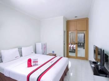 RedDoorz near WTC Sudirman Jakarta - Reddoorz Room Special Promo Gajian!
