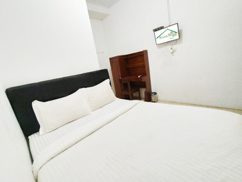 Wisma Mulia Syariah Bandar Lampung - Double Room Last Minute 1