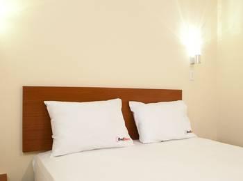 RedDoorz @Talaga Bodas Bandung - RedDoorz Room with Breakfast Regular Plan