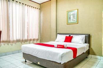 RedDoorz near Plaza Senayan Jakarta - RedDoorz Room After Hours
