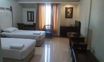 Hotel Tryas Cirebon - Deluxe Twin Room Only Regular Plan