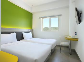 Amaris Hotel Padang - Smart Room Twin Regular Plan