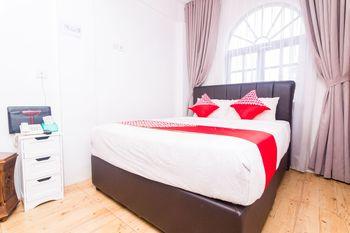 OYO 1771 Zeke Hotel Batam - Standard Double Room Regular Plan