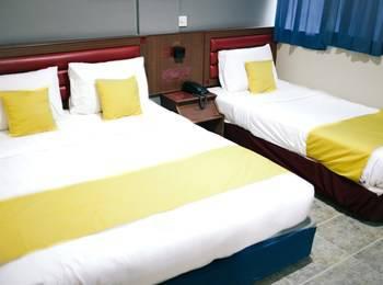 Hotel Gloris Batam - Family Room Only Regular Plan