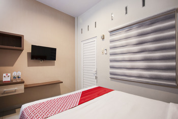 OYO 725 My Arm Home & Stay Medan - Standard Double Room Regular Plan
