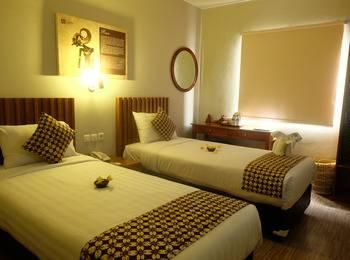 Cantya Hotel Yogyakarta - Superior Room Only Save 15