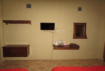 Hotel Anisa Dompu - Twin Bedroom Regular Plan