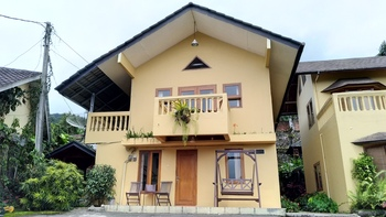 d'Oasis Mountain Resort Bogor - Upper Solitaire - 2BR Villa (Semi Private) Regular Plan