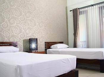 Hotel Puri Pangeran Yogyakarta - Standard Room - with Breakfast Regular Plan
