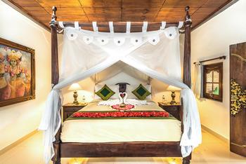 Bunga Permai Hotel Bali - Kamar Standard Dengan Sarapan Pagi Basic Deal 35%