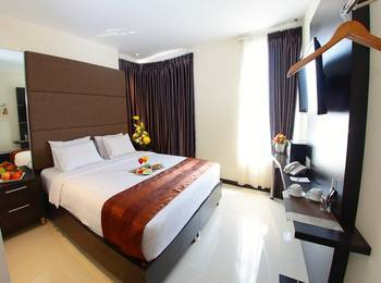 The One Hotel Makassar - Premier King Room Only Special Deals