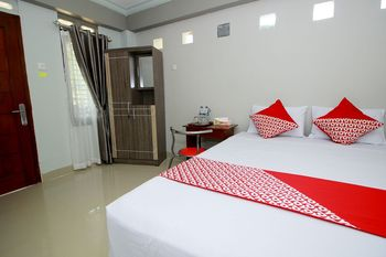 OYO 739 Guest House Si Kancil Bengkulu - Standard Double Room Last Minute Deal