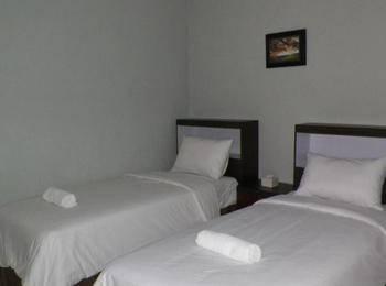 Hotel Star 88 Yogyakarta - Standard Room Regular Plan