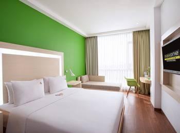 MaxOne Hotel Belitung - Happiness Room King Regular Plan