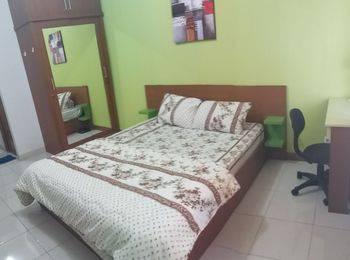 Pinewood Apartment By WATI Sumedang - Studio Room Regular Plan