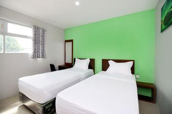 Sky Hotel Aurora 1 Lembang Bandung - Standard Twin Rom Only Regular Plan