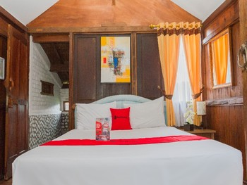 RedDoorz near Kampung Gajah 2 Bandung - RedDoorz Room with Breakfast Regular Plan