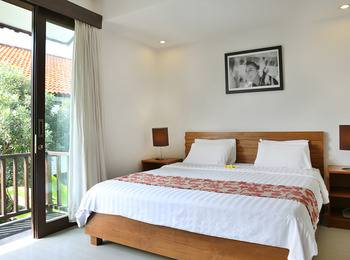 Seminyak Town House Bali - Apartment (2 Double Bedroom) Room Only PROMO PDKT
