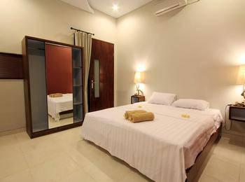 Saren Guest House Bali Bali - Superior Double Room Only Stay Longer Promotion !