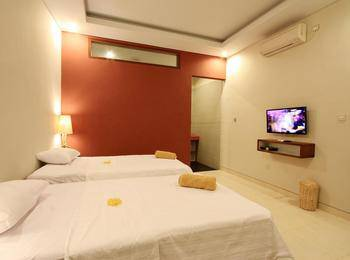 Saren Guest House Bali Bali - Superior Twin Room Only Stay Longer Promotion !