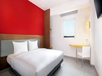 Hotel Amaris Madiun - Smart Room Queen Special Promo Regular Plan