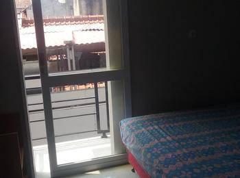 Budi House & Food Station Bandung - Deluxe Room - Double Bed Regular Plan