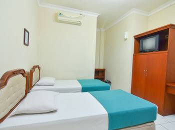 Hotel Astria Graha Bandung - Superior Room With Breakfast Save 30%