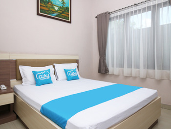 Airy Terminal Tirtonadi Setiabudi 45 Solo - Deluxe Double Room Only Special Promo Mar 28