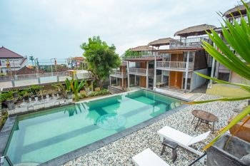 OYO 1215 Tree House Villa