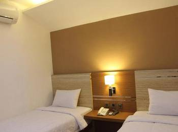 Salvator Hotel Palembang - Executive Twin Room Special Promo 15% OFF