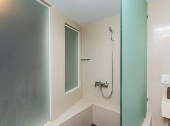 Tinggal Premium Raya Kuta Bali - Regis Room Romantic Stay - 50%