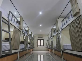 Dormitory Tourism Mirah Banyuwangi Banyuwangi - Standard Dormitory - Bunk Bed Regular Plan