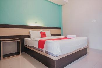 RedDoorz Syariah near Balai Kota Bengkulu Bengkulu - RedDoorz Room Basic Deal