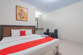 RedDoorz Syariah near Stasiun Cianjur Cianjur - RedDoorz Room 2 night stay