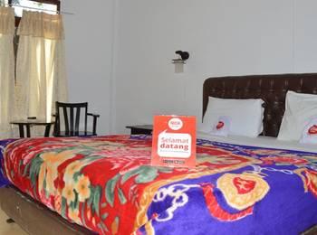 NIDA Rooms Kolam Renang Berastagi - Double Room Double Occupancy NIDA Fantastic Promo