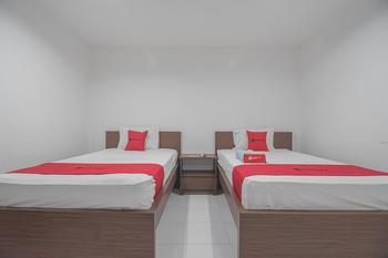 RedDoorz near Living Plaza Balikpapan Balikpapan - RedDoorz Twin Room Last Minute