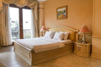 Susan Spa & Resort Semarang - Suite Paket Bulan Madu Regular Plan