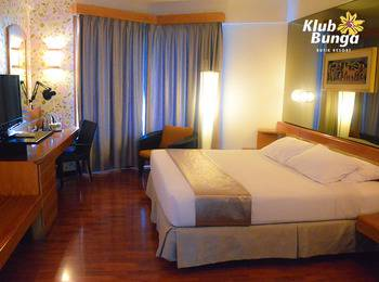 Klub Bunga Butik Resort Batu - Superior Room Kingsize Bed Regular Plan