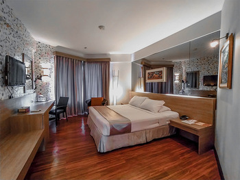 Klub Bunga Butik Resort Batu - Superior Kingsize Bed Room Only Regular Plan