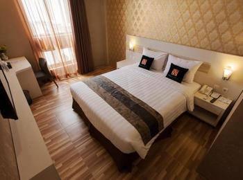 Grand Sovia Bandung - Deluxe Room Queen Bed Room Only Regular Plan