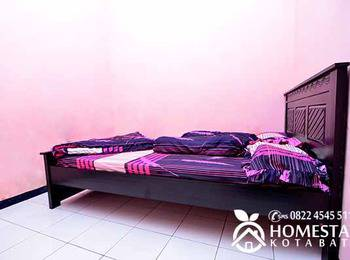 Dewata Homestay Malang - 3 Bedroom Regular Plan