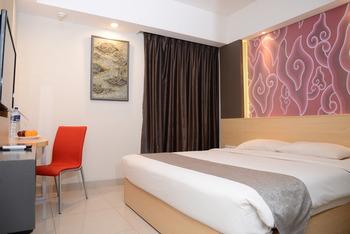 Metland Hotel Cirebon - Deluxe Double Room Regular Plan