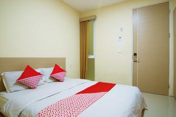 OYO 230 Maleo Residence Bandung - Standard Double Room Regular Plan