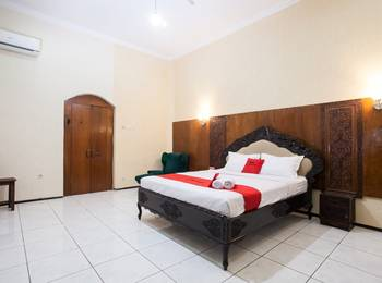 RedDoorz near Brawijaya University Malang - RedDoorz Premium Room Regular Plan